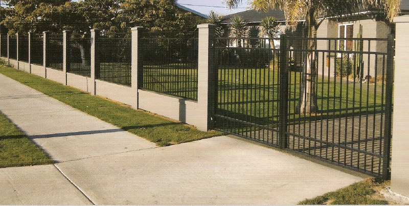 567 l belaire 1.8 high fence in fill panels and gate 1