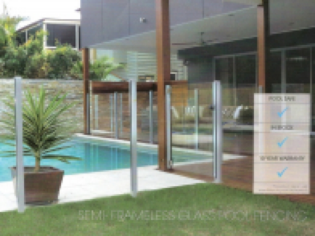 semiframeless glass pool fence